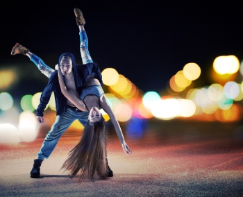 Performance of a young talented hip hop couple